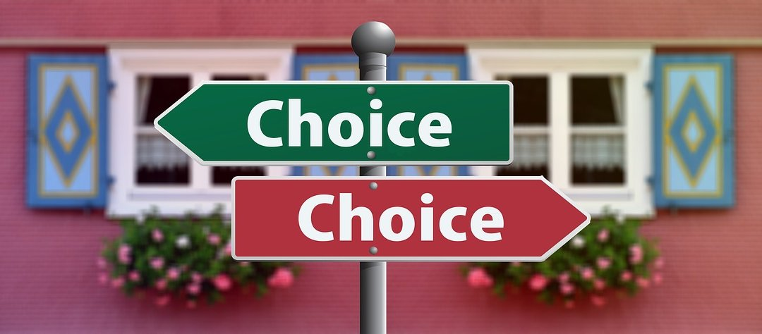 Relocation? – To Go or Not to Go? – 7 Tips to Help Accompanying Partners Decide